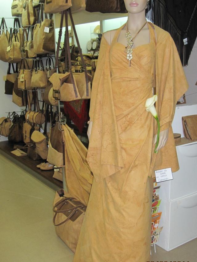 Das Kleid aus Kork